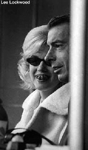 Marilyn Monroe Funeral Makeup - Mugeek Vidalondon
